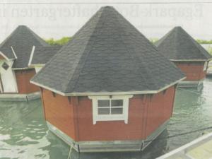 Schwimmende Hütten